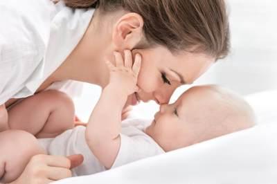 Kenali Tanda Bayi Kenyang Menyusu