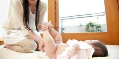 PerawatanOorgan Intim Bayi Perempuan Berbeda dengan Bayi Laki-laki