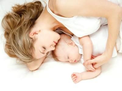 6. Tidur yang Cukup dan Hindari Stres