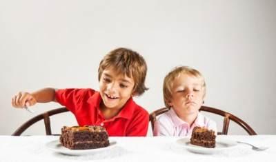 Bingung Bagaimana Mengasuh Banyak Anak? Coba Ikuti 4 Tips Ini!