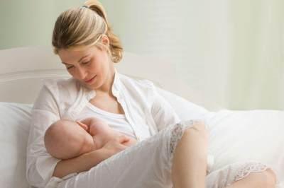 Ladies, Inilah Manfaat Baby Oil Untuk Kesehatan Payudara