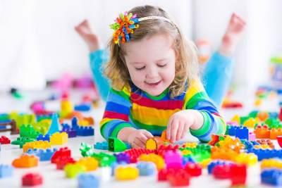 4 Rekomendasi Mainan Anak Edukatif yang Bermanfaat Untuknya