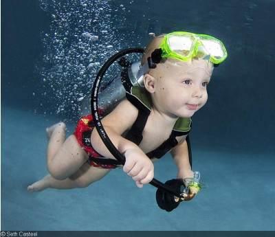 Inilah 5 Manfaat Berenang untuk Bayi yang Harus Kamu Ketahui!
