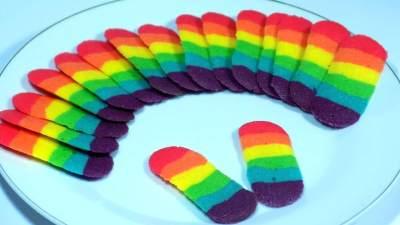 Ayo Berkreasi dengan Membuat Kue Lidah Kucing Rainbow untuk Si Kecil!