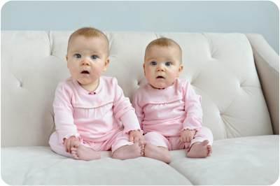 Inilah Cerita Dibalik Fenomena Mengapa Bayi Kembar Ada yang Identik dan Tidak