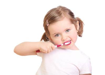 Ini Dia Cara Mudah dan Sederhana Merawat Gigi Anak di Rumah