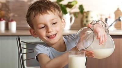 Jangan Sembarangan! Begini Cara Tepat Memilih Susu Formula untuk Anak