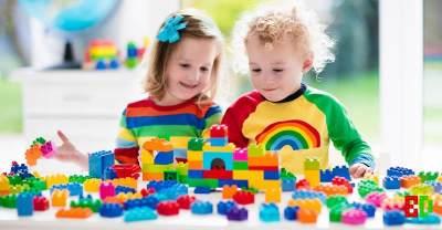 Dear Mom, Inilah 4 Mainan yang Bisa Merangsang Kecerdasan Otak Anak