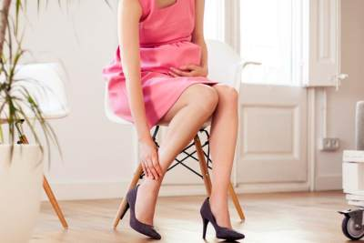 Ini 4 Bahaya Tersembunyi Saat Ibu Hamil Menggunakan High Heels