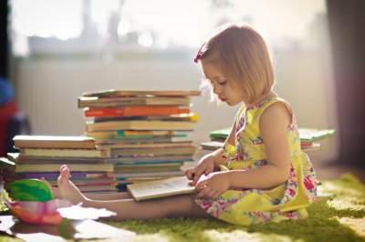 Biarkan Anak Memilih Buku Sendiri