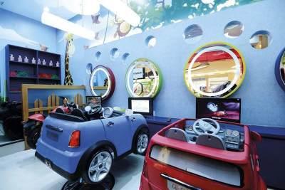 2. D'Katz Children's Hair Salon