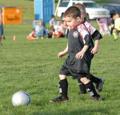 Bola Untuk Mengembangkan Logika Anak