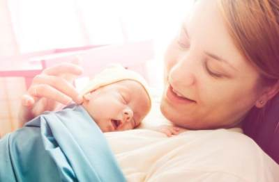Jangan Sembarangan! Ternyata Begini Cara yang Tepat Memberikan ASI kepada Bayi Prematur