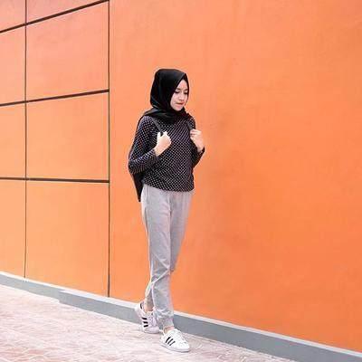 So Cute! Ini 4 Inspirasi gaya Fashion Remaja Hijabers yang Cocok untuk Usia 17an