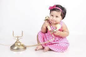 3. Bermain Telepon