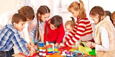 6. Melatih anak menghadapi masalah sosial