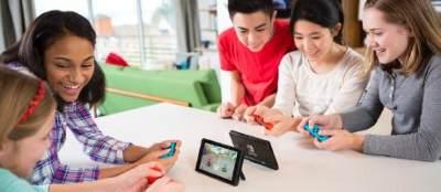 Ikut Serta dalam Permainan Anak