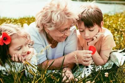 5) Sering-sering Membawa Anak Ke Rumah Mertua