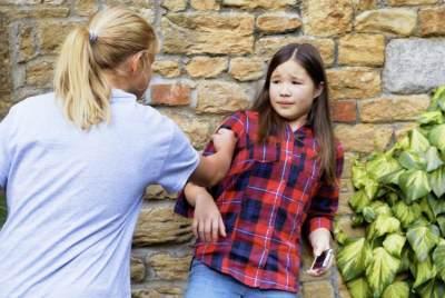 Say No to Bully! Ajarkan Anak Menghadapinya dengan Jurus Ampuh Ini!