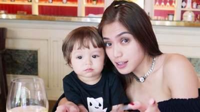 Moms, Ini Lho 5 Single Parent Aktris Indonesia yang Menginspirasi