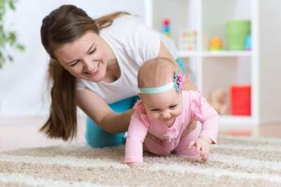 Proses Anak Belajar Merangkak