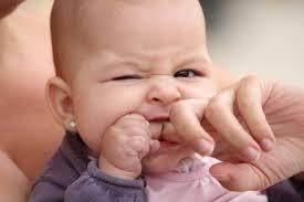 2. Waktu Tepat Menindik Telinga Bayi