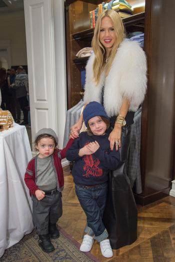 Yuk, Intip Style Anak Selebriti Hollywood Ini dengan Sepatu Keren Mereka!