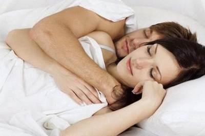 Nggak Perlu KB, 4 Cara Alami ini Dapat Menunda Kehamilan