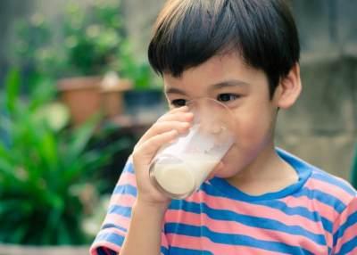 Moms, Ini Dia Rekomendasi Susu Untuk Anak 3-6 Tahun, Jangan Salah Pilih Ya!
