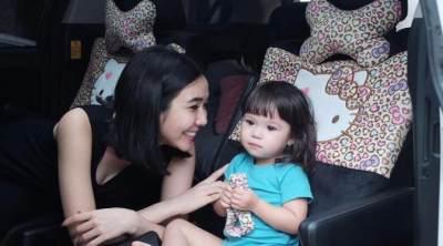 Pola Asuh yang Salah Ternyata Bisa Menyebabkan Anak Terlambat Bicara Lho, Moms!