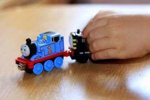 Jangan Salah Pilih, Ini Dia Mainan Anak Laki-Laki Yang Bagus Untuk Merangsang Perkembangannya!