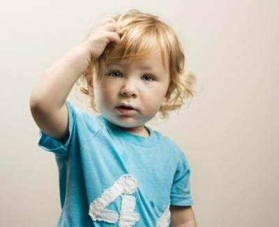 Penting! Ini 5 Penyebab Rambut Rontok Pada Bayi Usia 1 Tahun