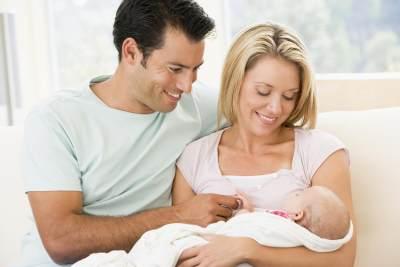 Suami, Jangan Lewatkan 4 Hal Ini Ketika Menghadapi Istri Pasca Melahirkan