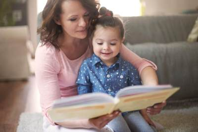 Anak Usia 2 Tahun Belum Mulai Bicara? Ini Tips Menstimulasinya Bicara!