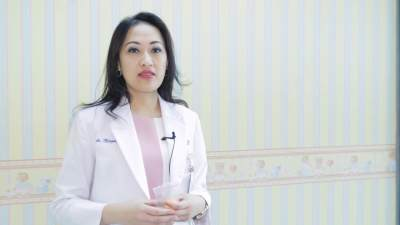 2. Dr. Margareta Komalasari, Sp.A