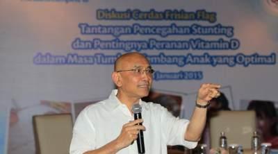 4. Dr. Aman Bhakti Pulungan, Sp.A