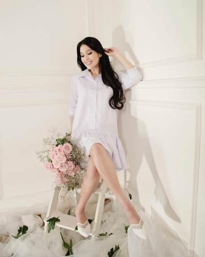 Simpel Dan Elegan, Ini Dia Style Baju Hamil Ala Sandra Dewi Yang Bisa Kamu Contek