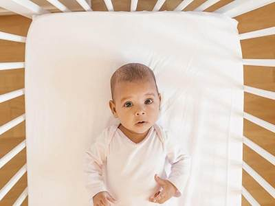 Usia Aman Memperkenalkan Bantal Pada Bayi