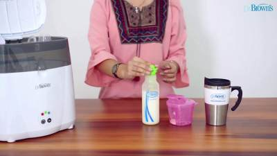 Langkah Menyiapkan Susu Formula yang Tepat