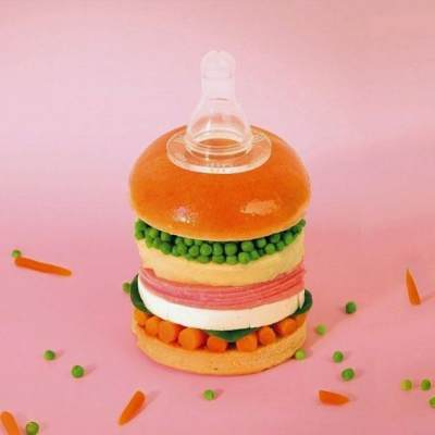 Botol Susu Berbentuk Burger Dengan Simbol PP