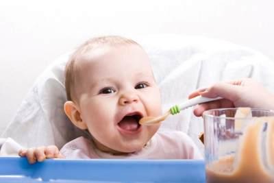 Ini Dia Rekomendasi Menu MPASI Pertama Untuk Anak Agar Mau Makan