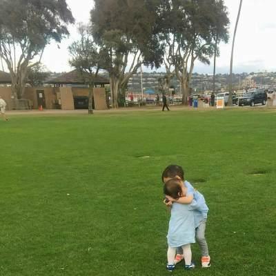 Punya Anak Usia Berdekatan? SIBLING RIVALRY Tetap Dapat Dicegah