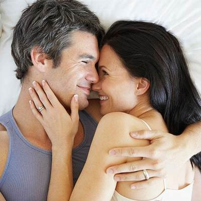 4 Alasan Para Pria Yang Menganggap Wanita Hamil Itu Seksi Dan Menarik