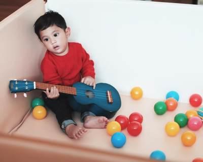 Ini Dia Foto Tumbuh Kembang Kawa, Anak Andien, Dari Bayi Hingga 1 Tahun. Lucu Banget!