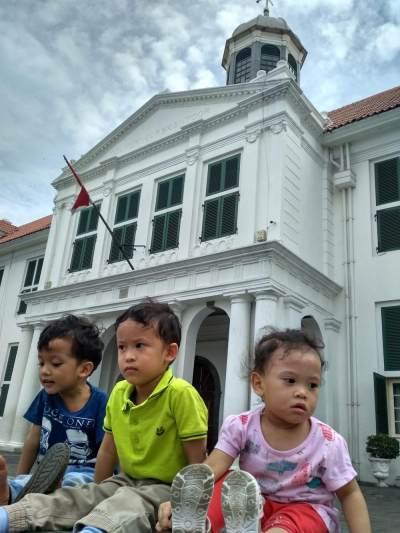 Tips Mengajak Anak Berkunjung Ke Museum