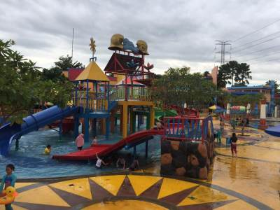Main Air di Splash Waterpark Cibubur