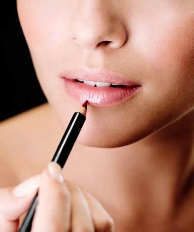 3. Memilih lipstik