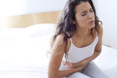 Bukannya Menstruasi, Kamu Malah Mengalami Flek? Cari Tahu Penyebabnya, Moms!