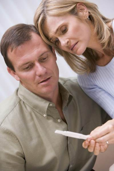 Moms, Ini Dia Tanda Kamu dan Pasangan Harus Cek ke Klinik Kesuburan