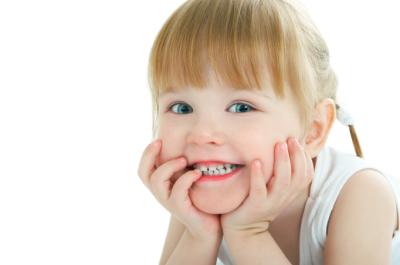 Duh, Ini 4 Jenis Kerusakan Gigi Pada Anak dan Penyebabnya